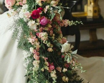 The perfect bridal floral arrangement for the perfect bride!
