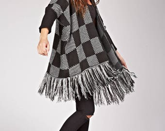 Poncho pattern square sleeves, open, and fringes
