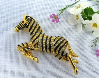 Zebra Brooch / Gold Rhinestone Brooch / Pin / Figural Jewelry / Vintage Rhinestone Brooch Enamel / Animal Jewelry / African / Nature / VTG