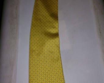 Silk neck tie gap premium authentic neckwear yellow and gold