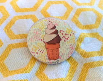 Round Wooden Ice Cream Cone Pin