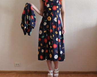 Vintage 1980s Colorful Floral Print Sleeveless Midi Dress Suit with Bolero Dark Blue Red White Yellow Large Size