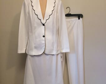 70's White and Black Scalloped Collar 3 pc Suit | Elastic Waist Straight Leg Pant and Skirt | Size Large 12 14