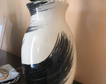 Black and White Flower Vase
