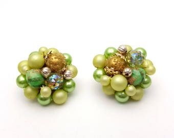 Vintage Clip On 50s Earrings Floral Cluster of Green Clear Beads & Faux Pearls Stud Signed Japan Retro Mod Wedding Jewelry Classic Feminine