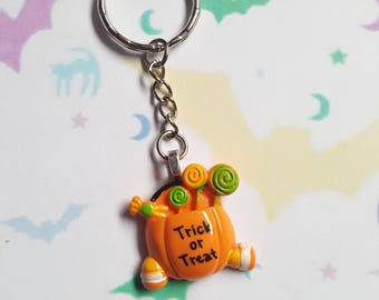 Trick or treat keyring, Pumpkin keyring, Halloween keyring, Trick or treat, Pumpkin, Halloween candy, Candy, Candy bag, Halloween, Kawaii