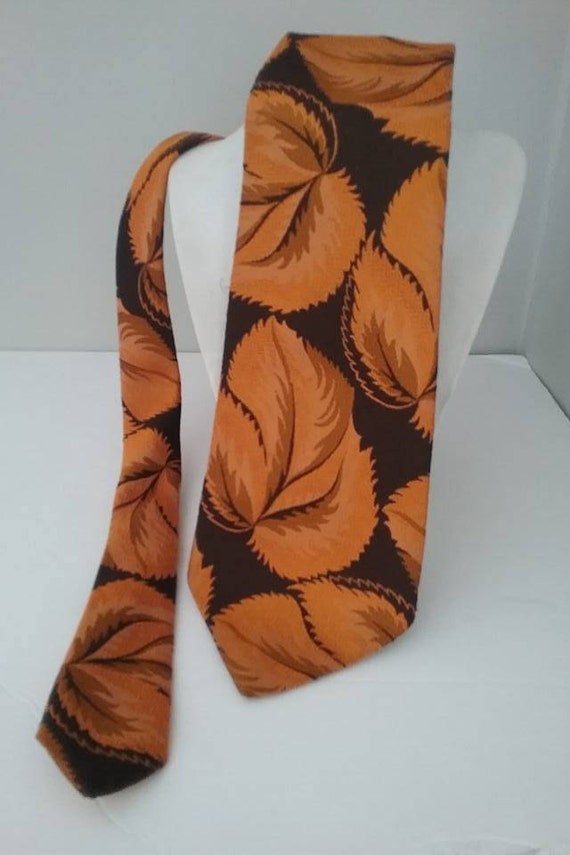 Retro Wide Tie, Wide Brown and Orange 70s Style Tie, Floral Orange and Brown Tie, Classic 70s wide tie, Vintage Orange and Brown Retro Tie