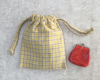 smallbag wool Plaid - yellow, beige and white wool - houndstooth