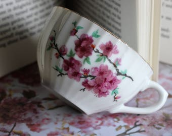 Vintage - Cherry Blossom - Teacup and Saucer Set - Made in Japan - Nortiake