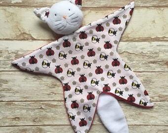 Doudou baby blankie comforter Cat pattern bees