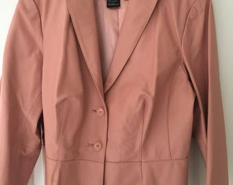 Vintage women's Terry Lewis classic luxuries designer peach color lined leather jacket size XL  chic, stylish, cutouts on bottom