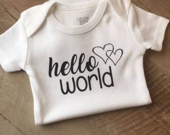 Hello World Baby Bodysuit - Baby outfits - Hello World - Pregnancy Announcement - Going Home Outfit - Baby Bodysuit - Baby Shower Gift