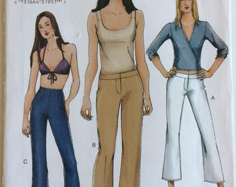 Vogue sewing pattern 7301 - Misses' petite boot-legged pants