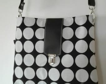 Chic black and white  bag