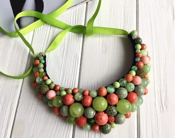 Boho necklace, glass necklace, lime green necklace, romantic necklace, bohemian necklace, olive green necklace, green jewelry, emerald green