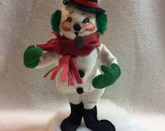 Annalee Dolls - Snowman with Red Scarf, Green Earmuffs and Pipe - 1990 (#015)