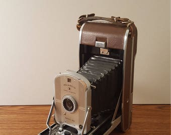 Vintage (c. 1950's) Polaroid Land Camera Model 95A