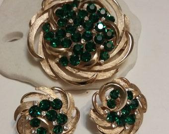 Crown Trifari gold tone and rhinestone spiral set