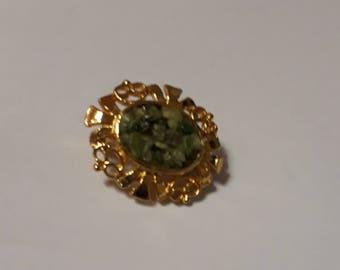 Small oval green chip gemstone  brooch