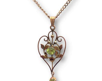 Antique Edwardian Green Stone Pendant Necklace circa 1910 with Original Chain