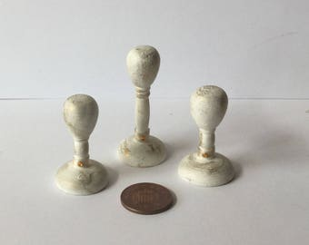DollHouse Miniature 1:12 scale 3 shabby chic Hatstands with Cream trim