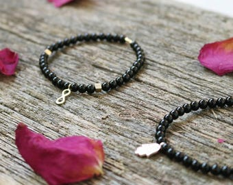 Black Onyx bracelet, 4 mm Black Onyx beads, Beaded bracelet, Stacking bracelet, Healing Crystals, Healing Jewelry, Meditation, PROTECTION