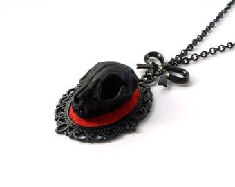 necklace faux skull cat 3d cameo black red taxidermy replica resin anatomy animal gothic pagan occult witch witchy witchcraft macabre dark