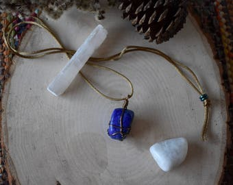 Polished Lapis Lazuli Wire-Wrapped Necklace