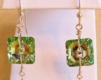 Swarovski Chrysolite Button and Peridot Earrings, Swarovski Jewelry, Handmade Jewelry, Swarovski Earrings, Crystal Earrings, Elegant Earring