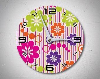 Vintage Wall Clock, Retro Wall Clock, Flowers Clock, Wooden Clock, Unique Wall Clock, Retro Kitchen Clock, Flower Power, Arts  MadMadeWorld