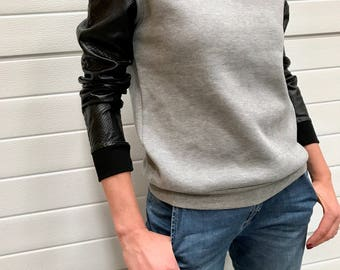 Vintage grey sweat-shirt / French vintage / long sleeves / leatherette sleeves / zipper / snake skin faux leather / xs / s / 1990s / B200