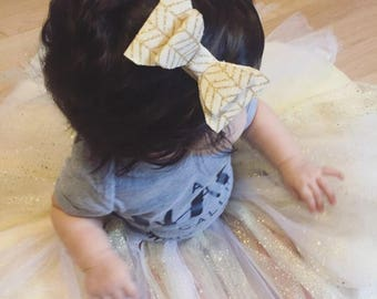 Cream Fabric Hair Bow | Gold Chevron Hair Bow | Fabric Hair Accessories | Burlap Style Fabric | Flower Girl Bow | Baby Bow | Little Girl Bow