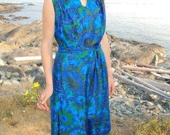Vintage dress // 60's dress // maxi dress // women's vintage dress // women's dress // dresses // maxi dress