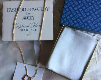 NIB Vintage Avon Captured Heart Goldtone Necklace, 1980