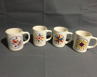Vintage Set of 4 Ceramic Coffee Tea Mugs Pennsylvania Dutch Hex Sign Symbols