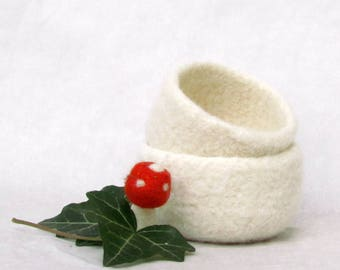 Felted bowls / Spring gift / Gift for her / wedding favor / Cozy gift / Set of two