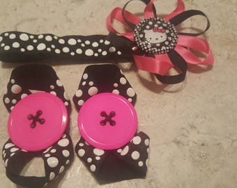 Hello Kitty Elastic Headband and Barefoot Button Sandles Size 0 to 3 Months
