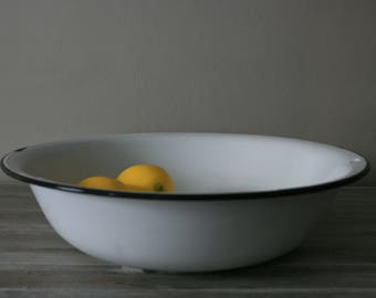X-Large Enamel Bowl / Vintage Enamel Basin / Farmhouse Decor