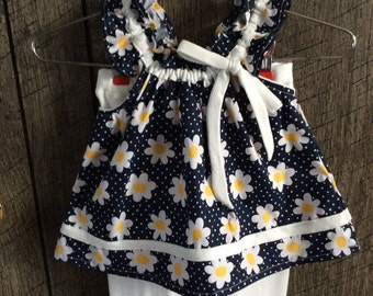 Toddler daisy top and ruffled capris