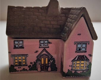 WADE WHIMSIE, Whimsey-on-wye, #20 The Vicarage, From set three, Circa 1982.