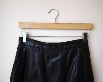 Vintage 1980s Black Leather Pencil Skirt Waist 26.5 Size Knee Length 1980s skirt Pencil skirt Below the knee skirt Black skirt Leather