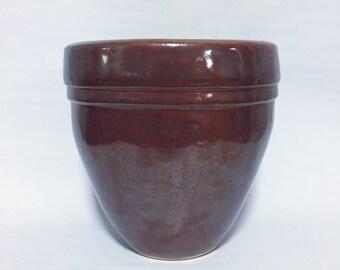Red-brown Glazed Pot
