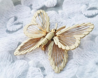 Vintage Butterfly Enamel Gold Tone Pin Broach - 1960s - Great for any Occasion!