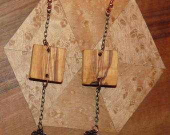 Rustic wood Earrings: cottage