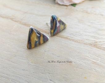Earrings puce triangle Shiny