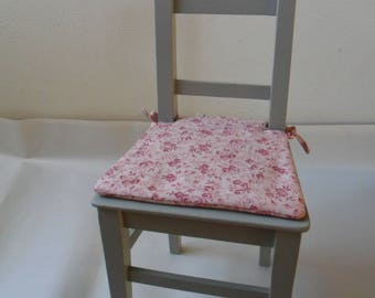 Little old doll for decoration or dinette Chair