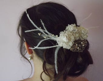 Vintage Bohemian bride, flowers and brooch comb