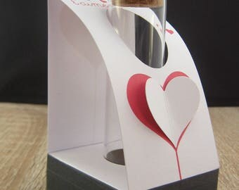Heart embossed vase white black and Red