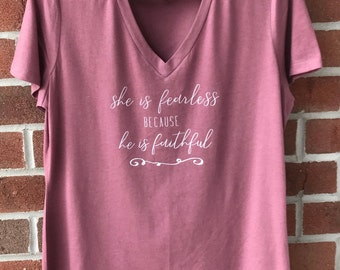 Women graphic t-shirt, Mom shirt, Inspirational shirt, t-shirt, woman shirt, gray tee, T-shirt with sayings