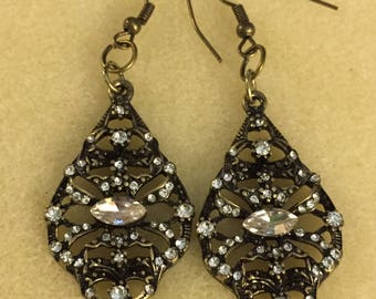 Art Deco Antique Gold colored Crystal drop Earrings